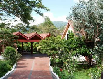 Ein schönes Haus in Boquete mit Holz verziert wurde in ein Budget Hostel verwandelt